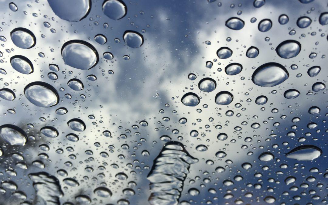 Co zrobić, aby pozbyć się brudu na długi czas? Mycie wodą demineralizowaną